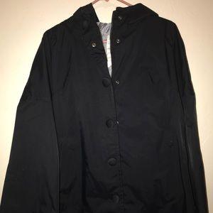 Lululemon rain jacket size 6